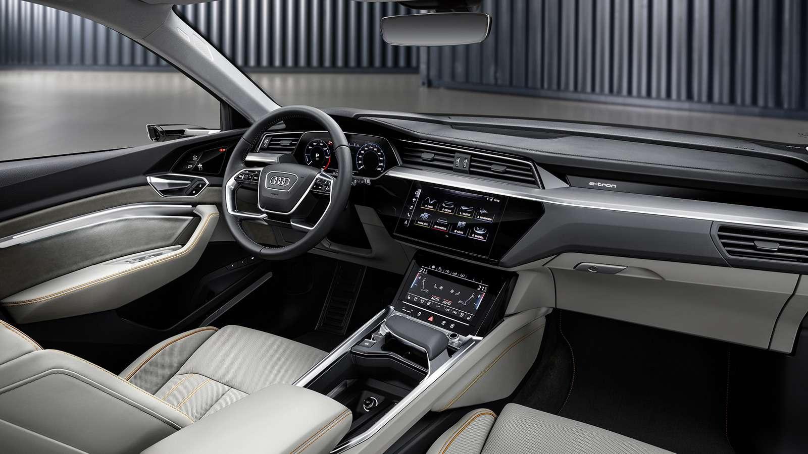 Audi e-tron quattro: два электромотора икамеры вместо зеркал— фото 910477