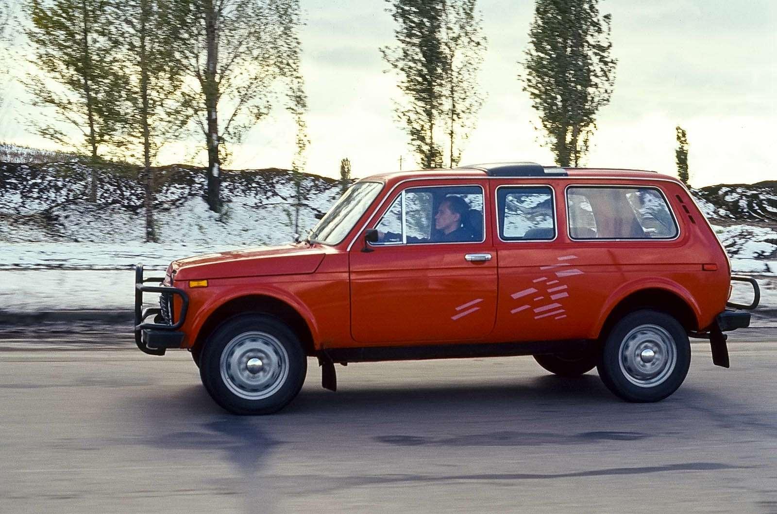 Наширокой Ниве: 15версий легендарного российского вседорожника— фото 593721