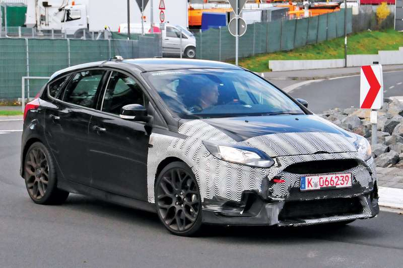 ford-focus-rs-3_0