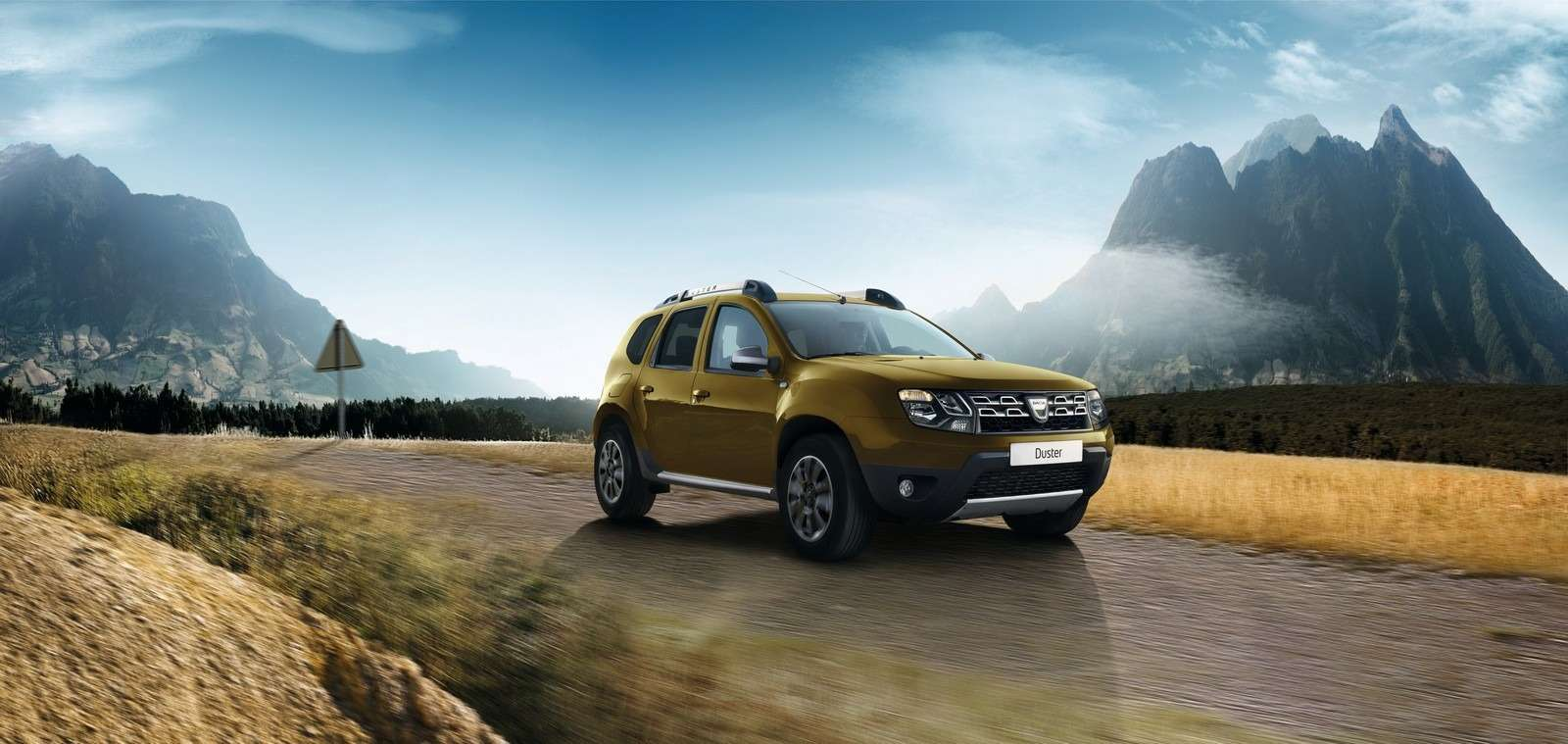 all-new-dacia-duster-caught-in-first-spyshots-plus-dacia-novelties-for-frankfurt-photo-gallery_12