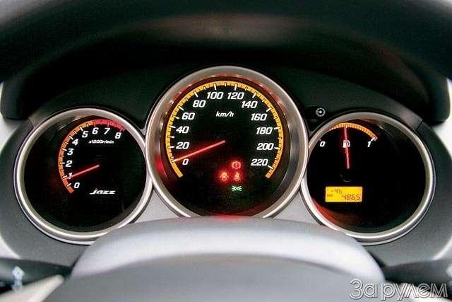 Тест Renault Modus, Peugeot 1007, Honda Jazz. Загадки малых форм— фото 61761