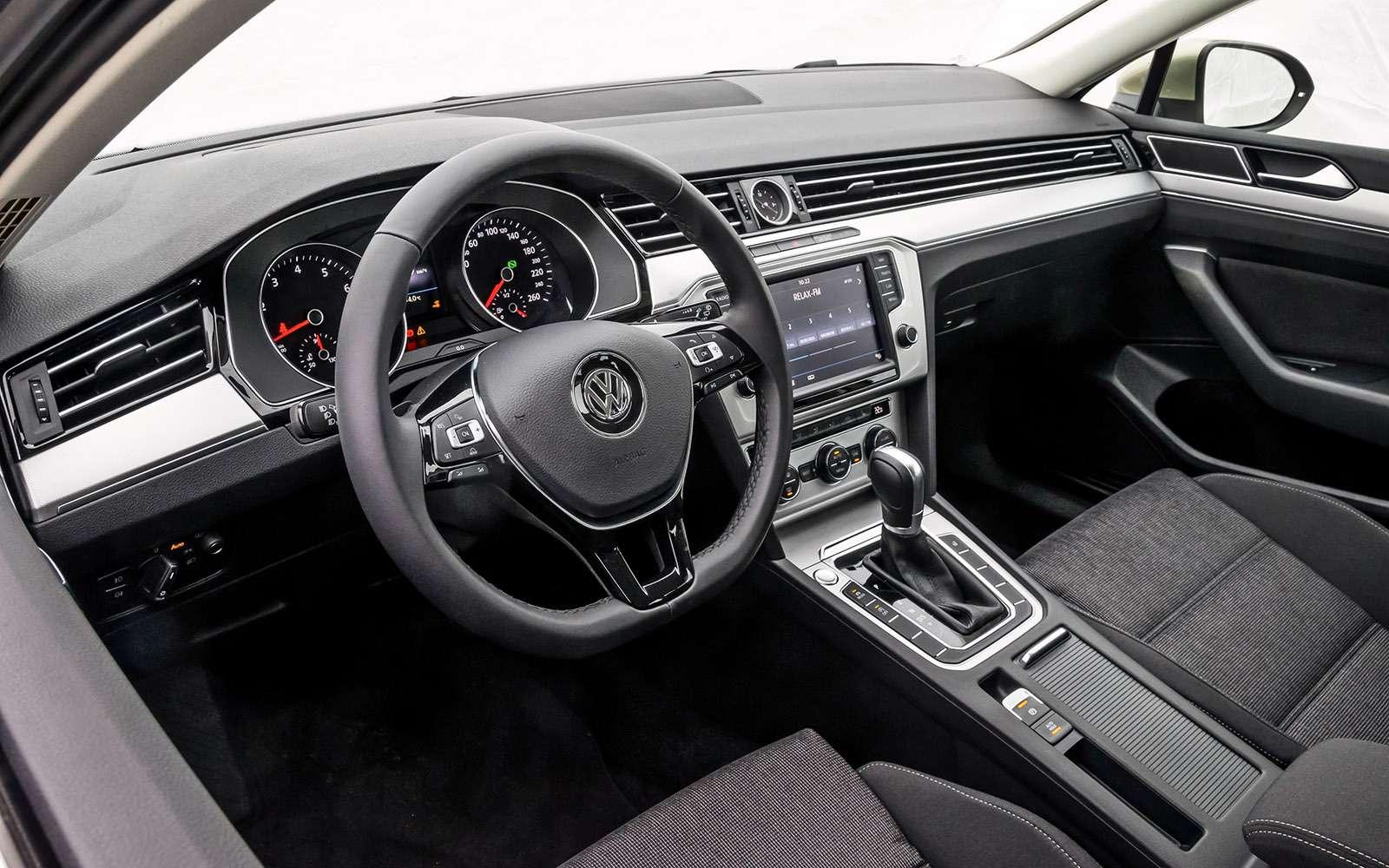 Volkswagen Passat Variant или Alltrack: зачто доплата?— фото 693502