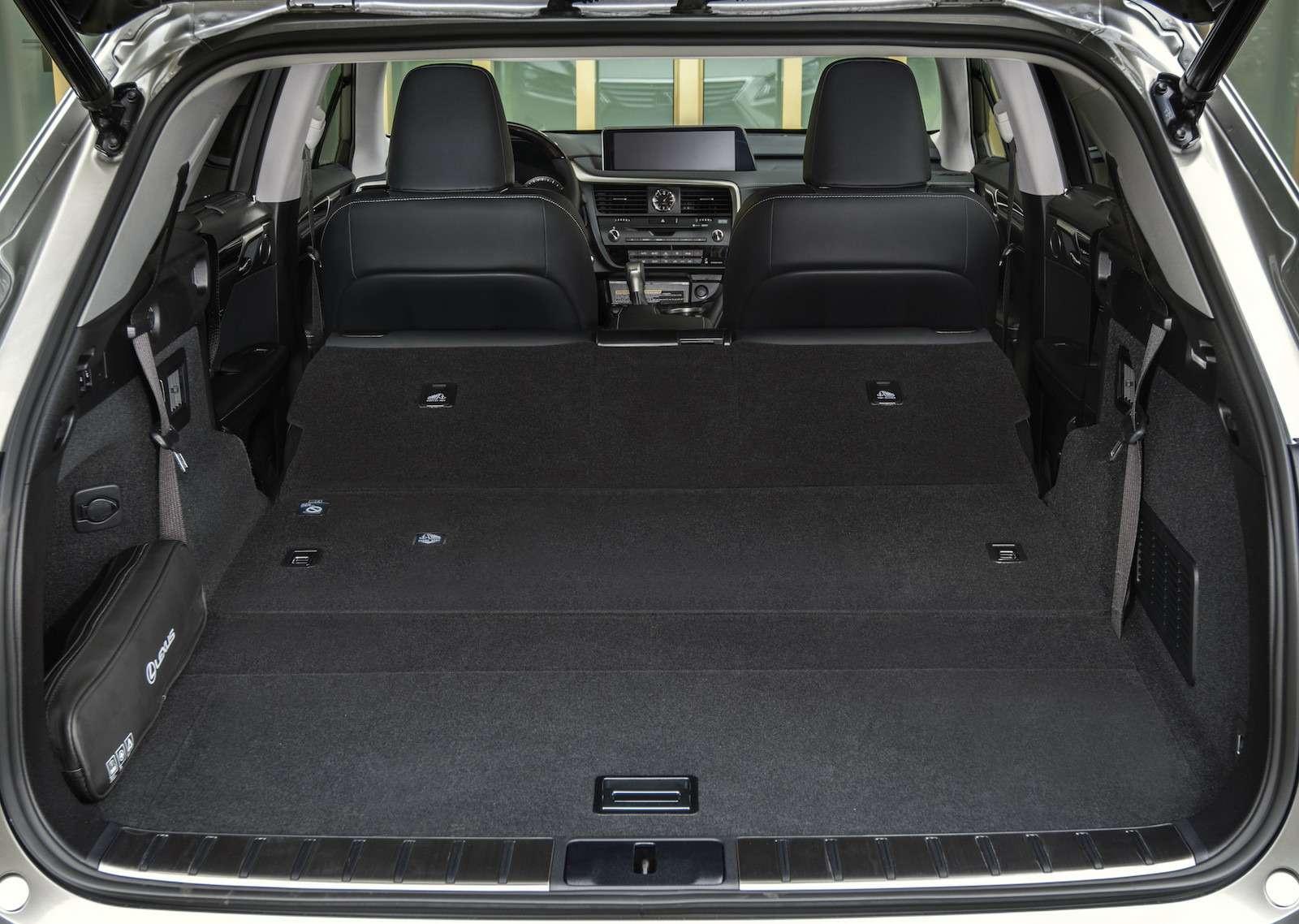 Тест-драйв Lexus RX350L AWD: когда «L»— вовсе не «Long»— фото 915743