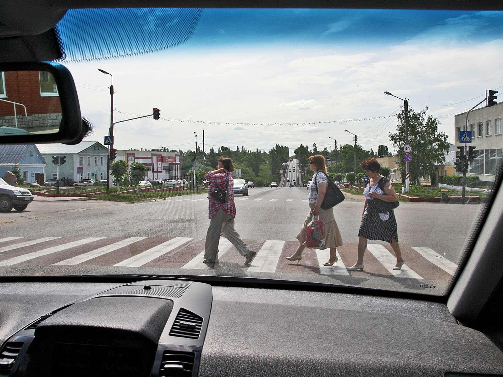 Опрос ZR: пешеходы иводители— партнеры или враги?— фото 591676