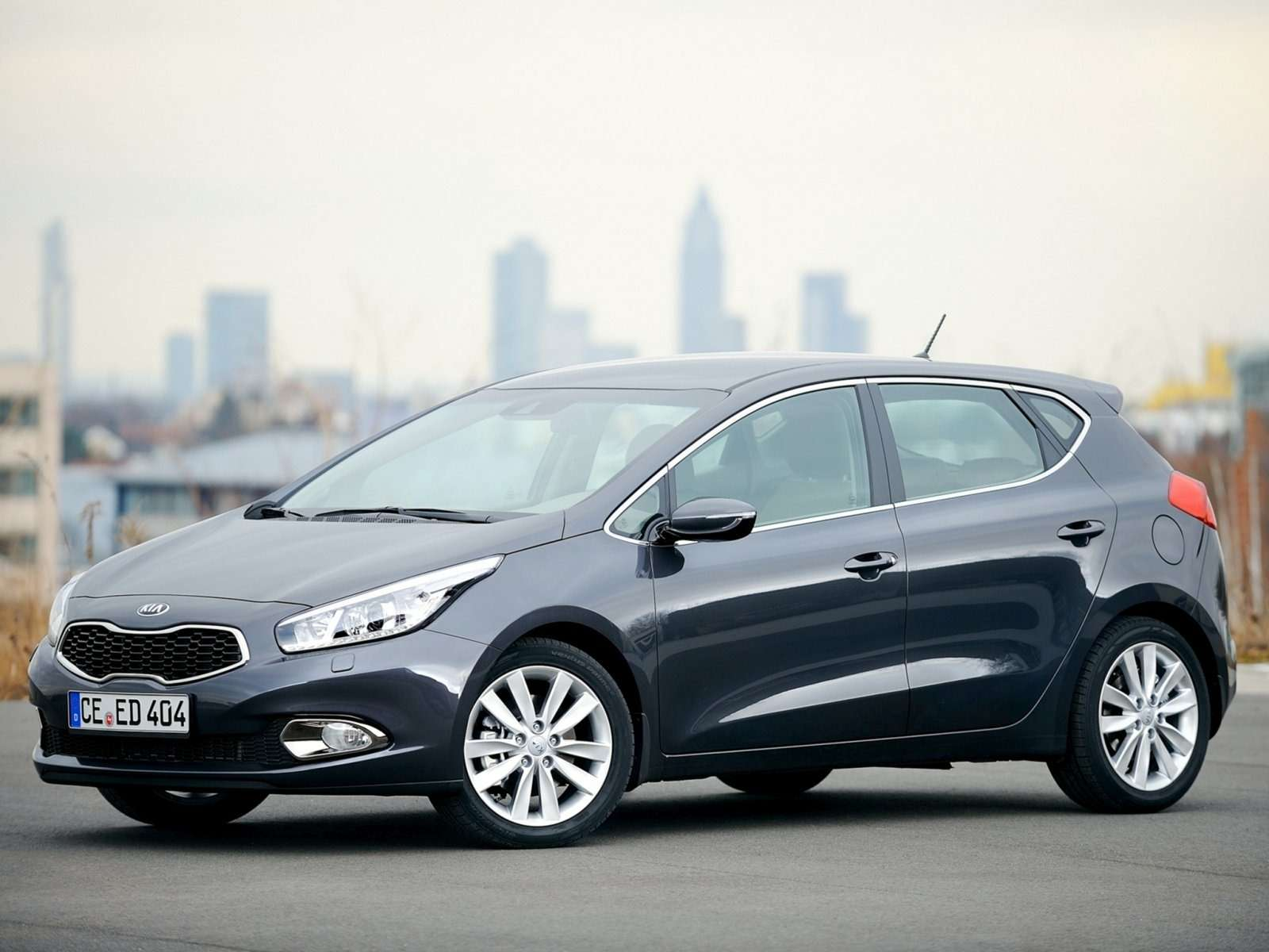KIA_Ceed_Hatchback 5 door_2012
