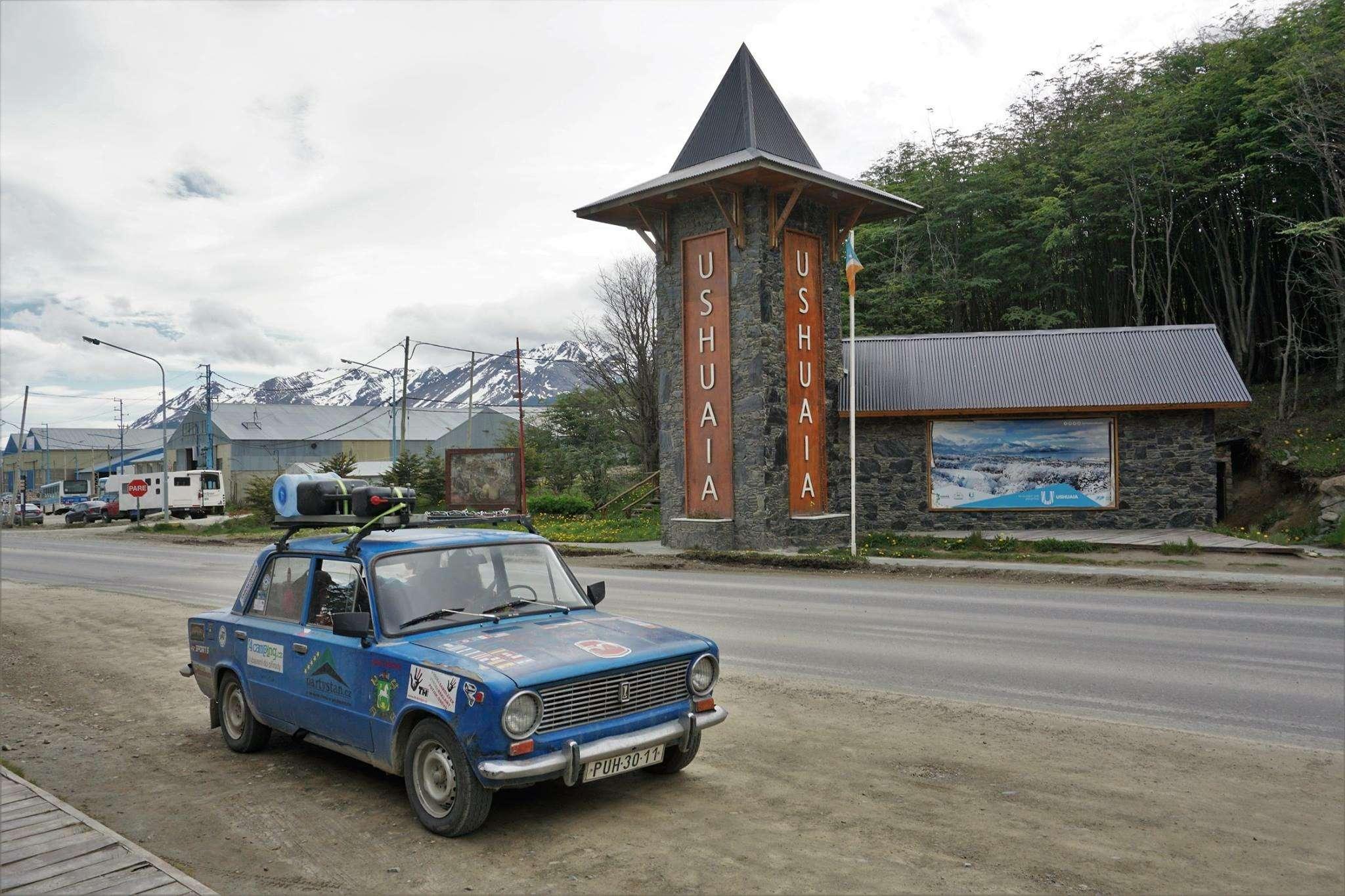 Чехи совершили кругосветку на«копейке» Жигулей— фото 840308
