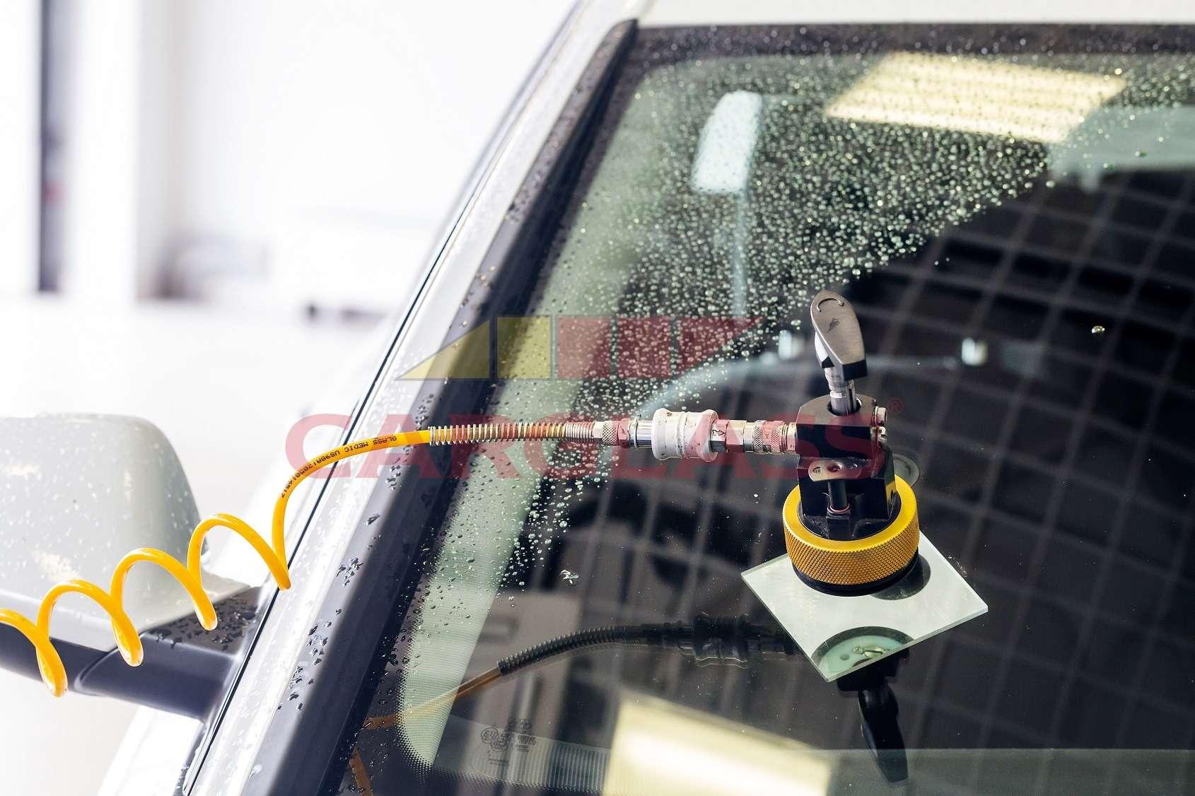 Ремонт лобового стекла— решение проблемы или отсрочка серьезных расходов?— фото 1233942