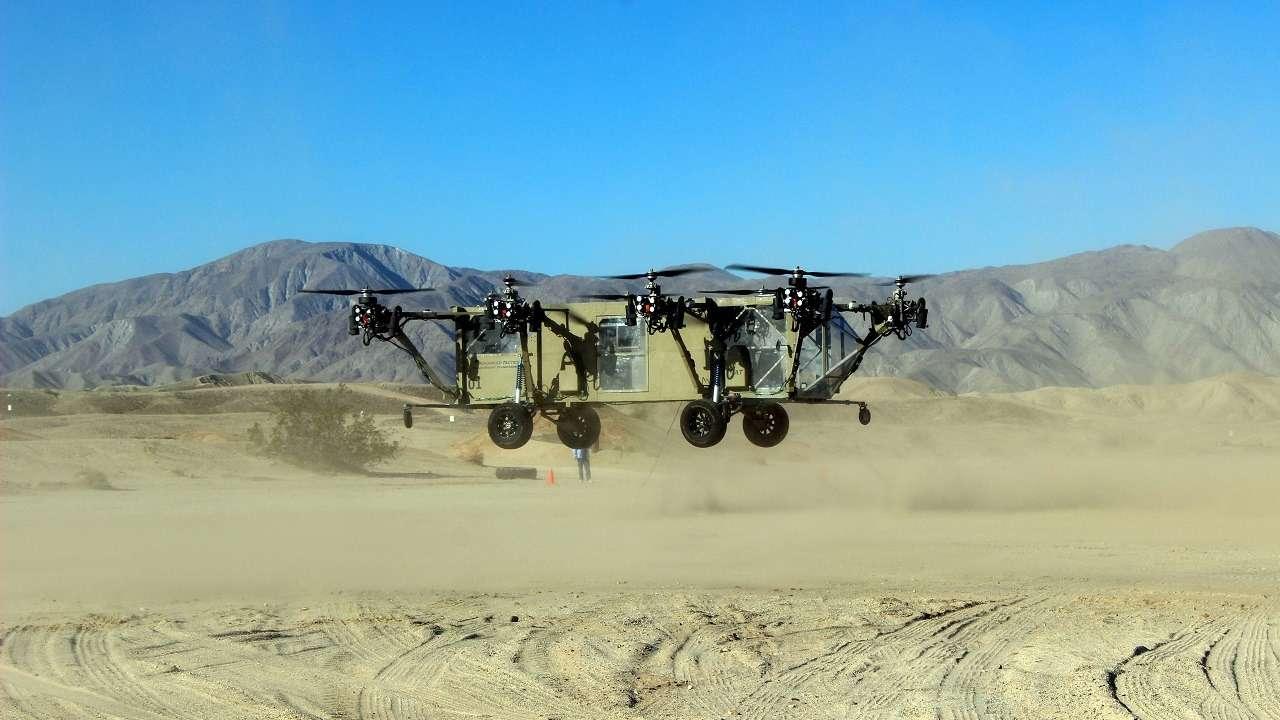 Гибрид грузового автомобиля ивертолета совершил первый полет