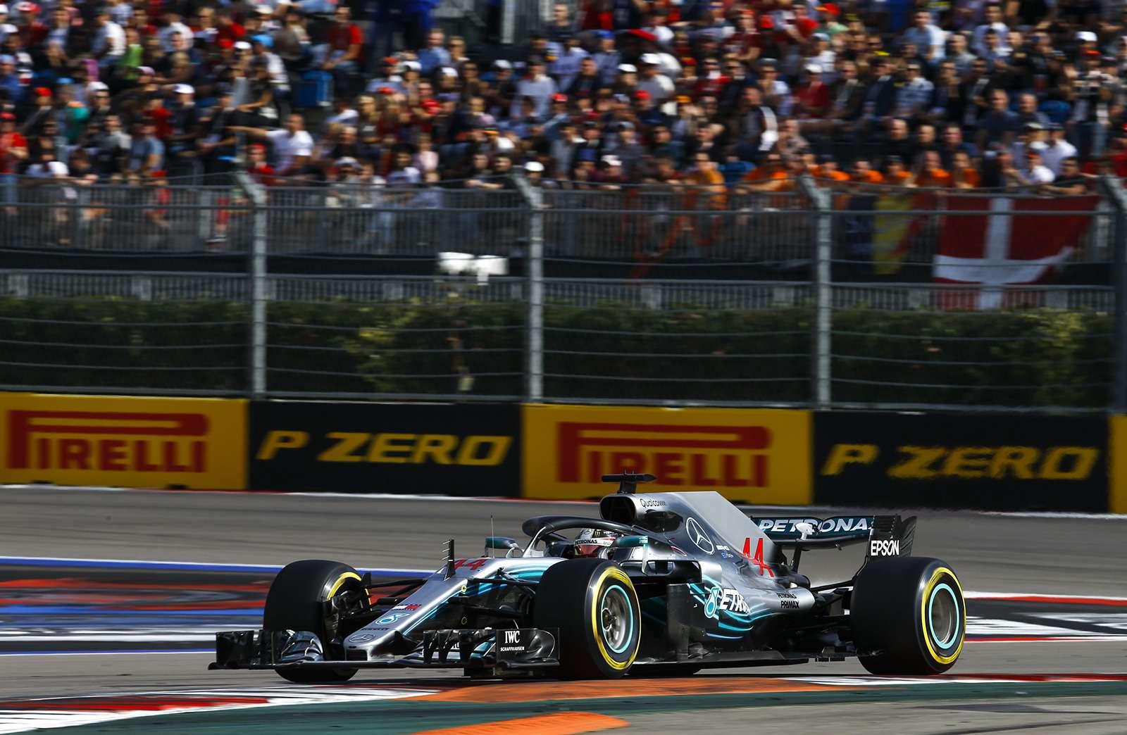 Формула 1: Mercedes освистали наГран-При России