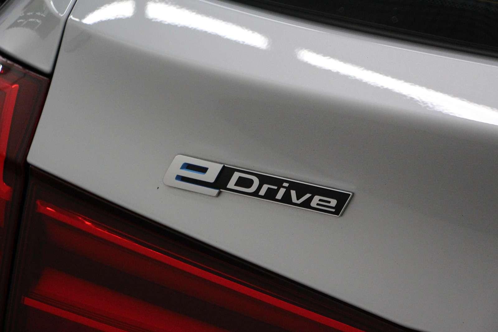 BMWвыводит нароссийский рынок две гибридные модели— фото 637007