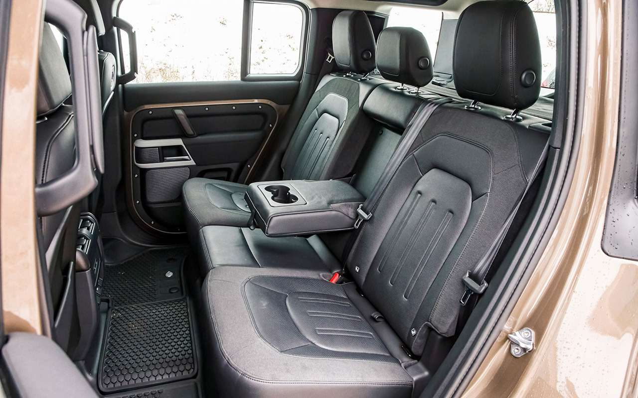 Land Rover Defender: тест сразницей в40лет— фото 1247857