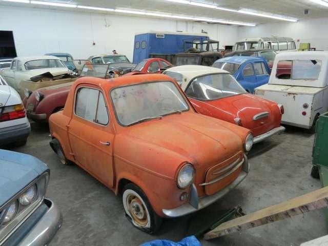 Бывший дальнобойщик решил продать свою коллекцию из700 машин— фото 702170