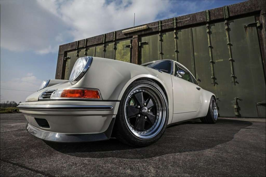 KAEGE-delivers-retro-flavored-1972-Porsche-911-packing-300-hp-0-1024x683