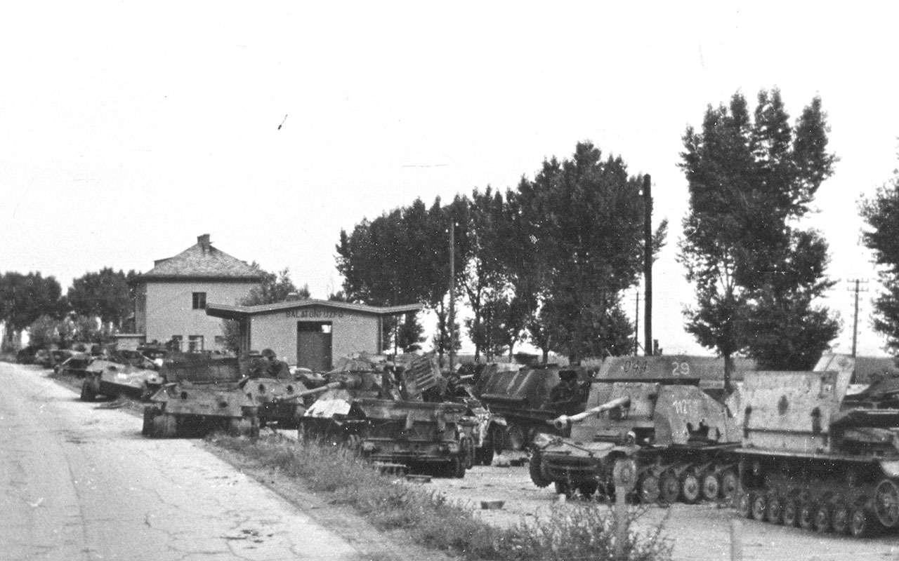 Последнее танковое сражение великой войны: засады имаскировка— фото 1089041