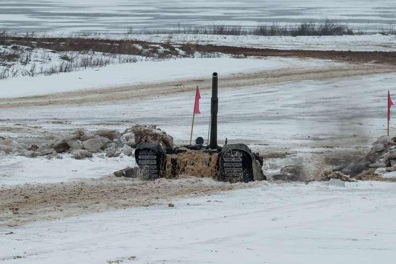 T-72B3_10