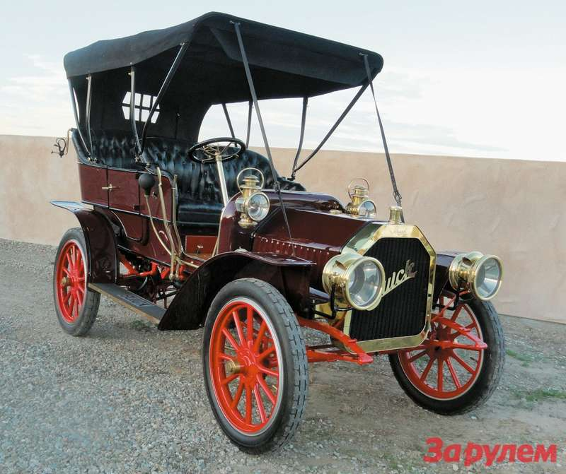 1909 Buick Model F Five-Passenger Touring