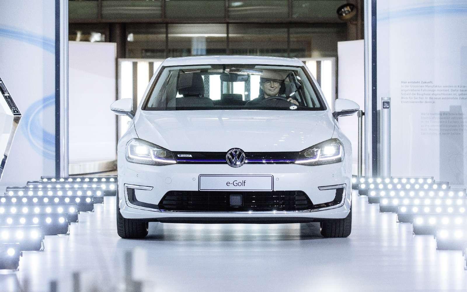 Озеленитель имиджа: Volkswagen обновил электромобиль e-Golf— фото 665345