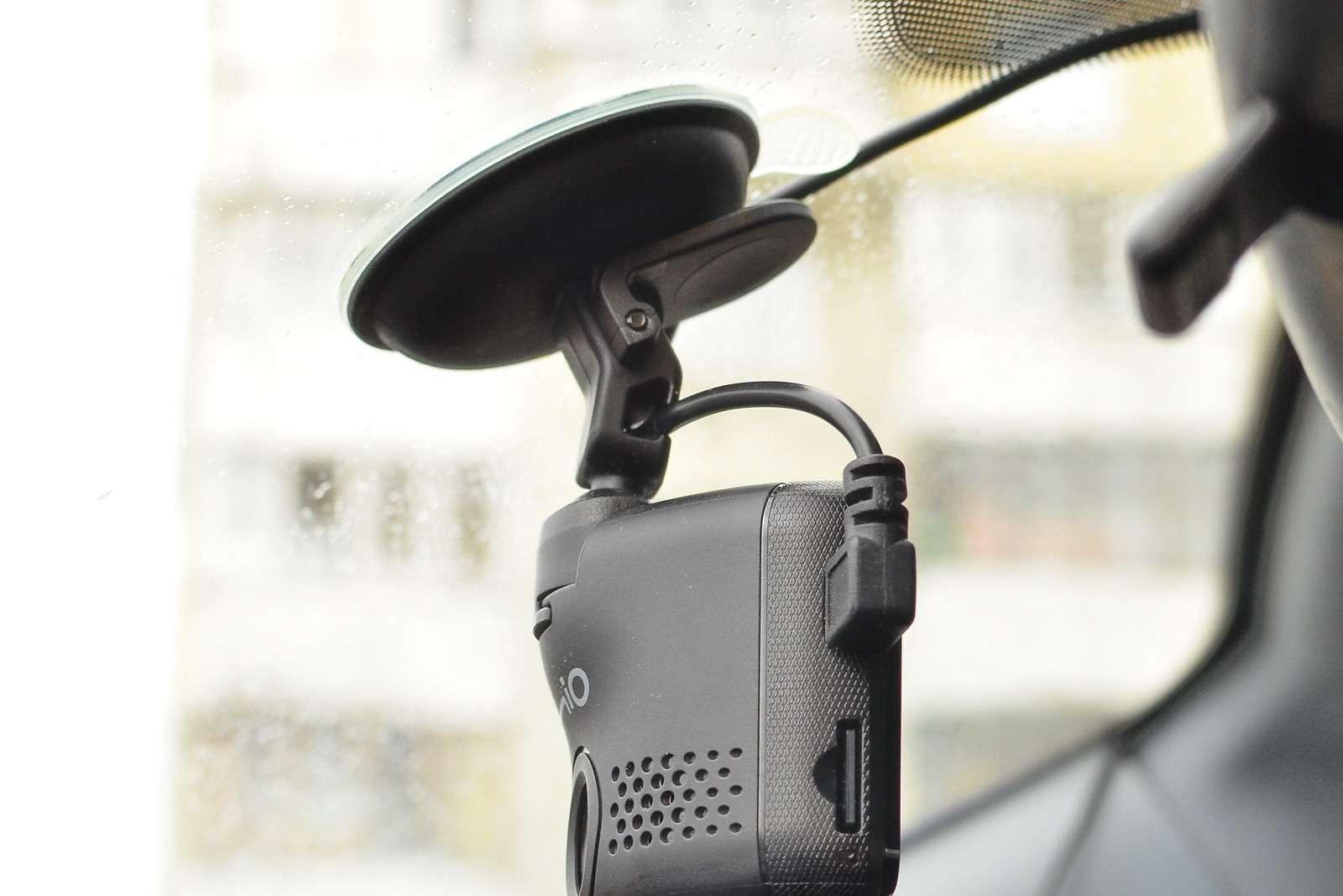 Супертест ЗР— дорогущие видеорегистраторы иудалой бюджетник— фото 773470