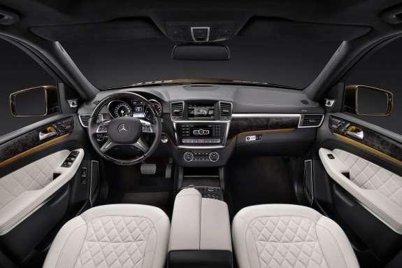 Mercedes-Benz GL-class inside