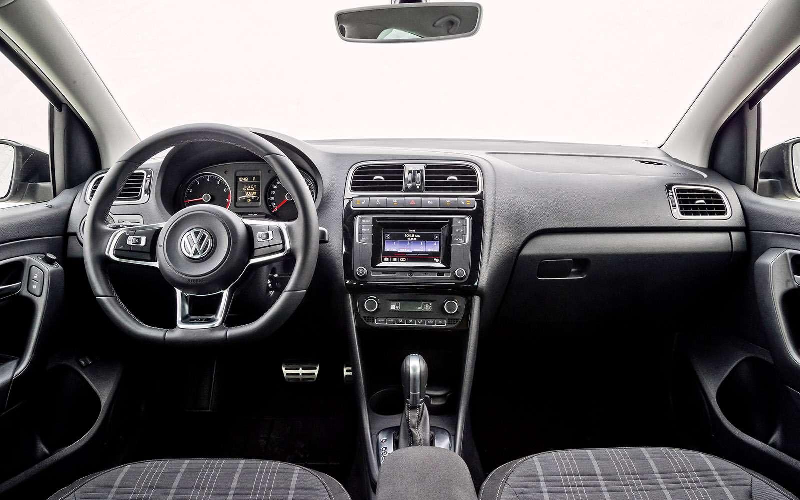 VWPolo GTпротив конкурентов: тест на«Смоленском кольце»— фото 644248