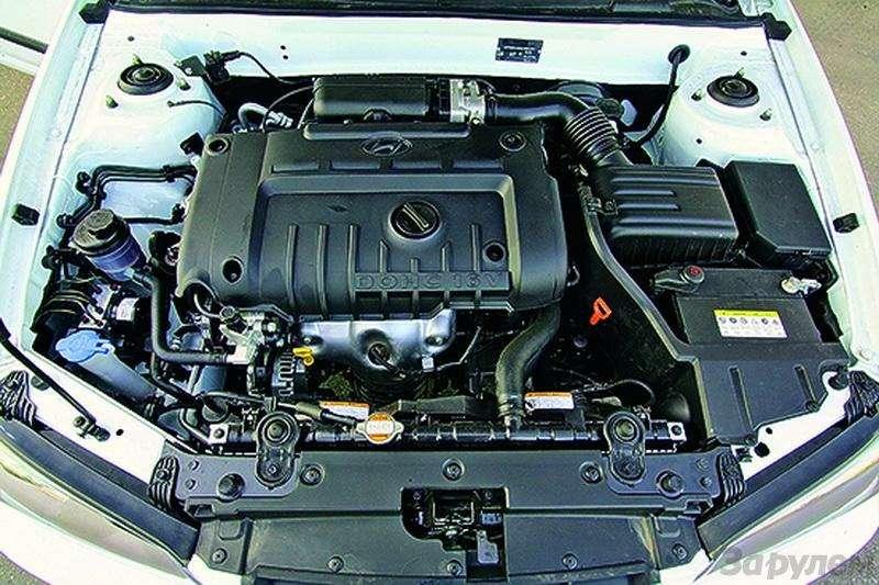 Hyundai Elantra (2000-2007, 2008-н.в.): Разумно идостаточно— фото 93305