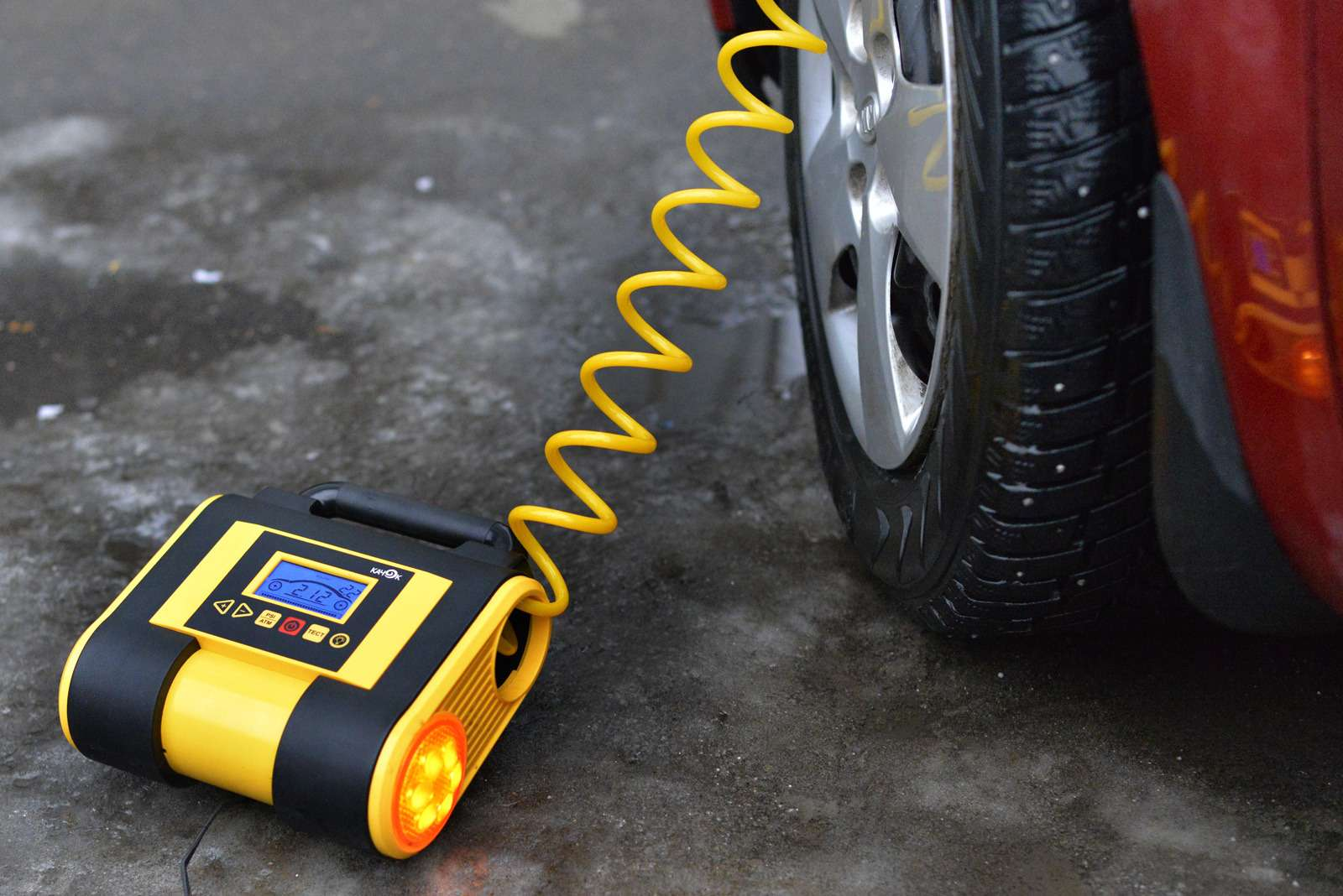 K70_inflate_tyre