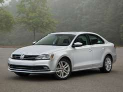 Volkswagen_Jetta_Sedan_2014