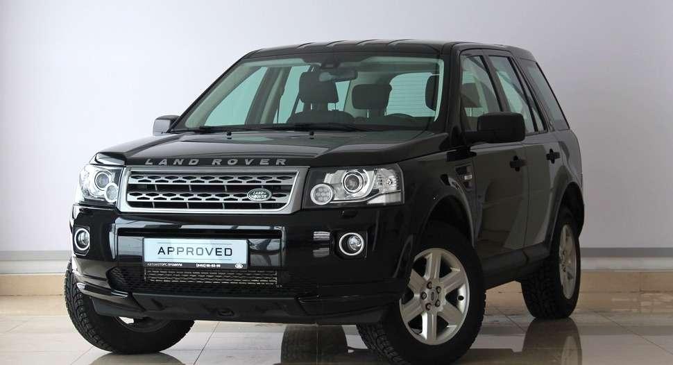 Jaguar Land Rover тоже включилась вгонку запокупателей подержанных машин. Насертифицированные автомобили дилеры предлагают гарантию додвух лет.