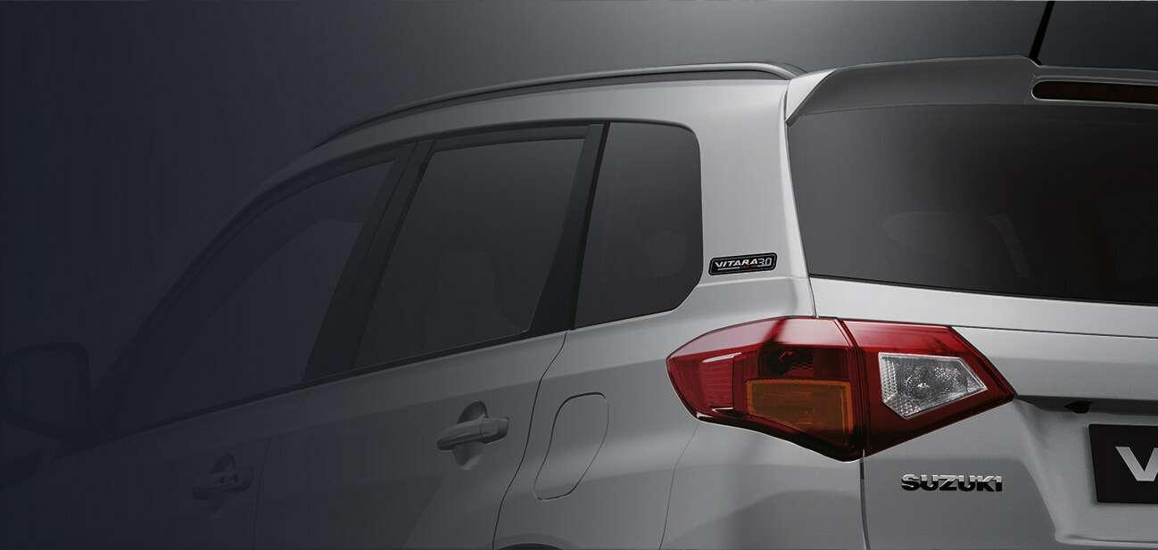 В продаже появились юбилейные кроссоверы Suzuki Vitara. Каждый подсвоим номером!— фото 859788