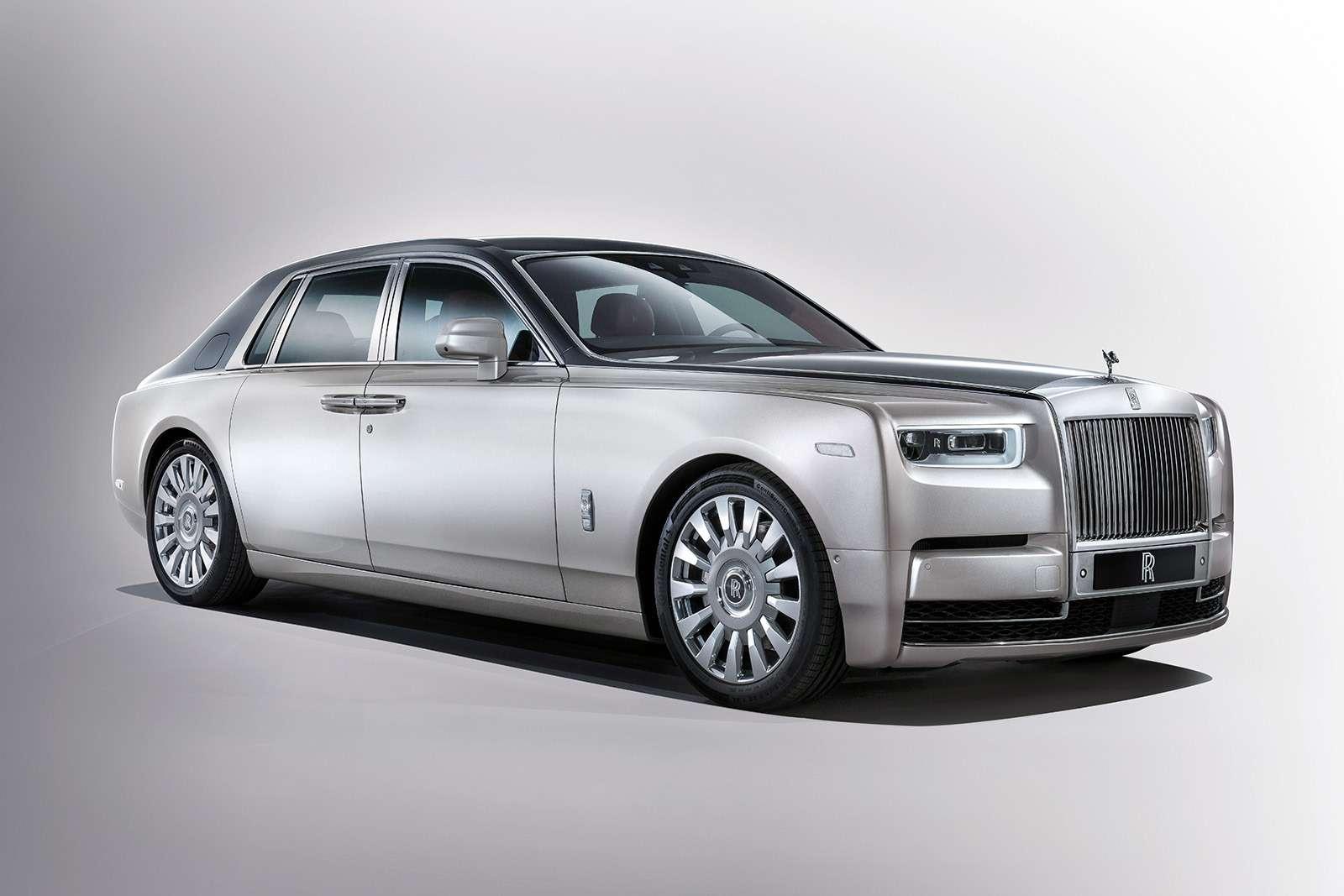 Rolls-Royce Phantom VIII: консервативен снаружи, технологичен внутри— фото 778869