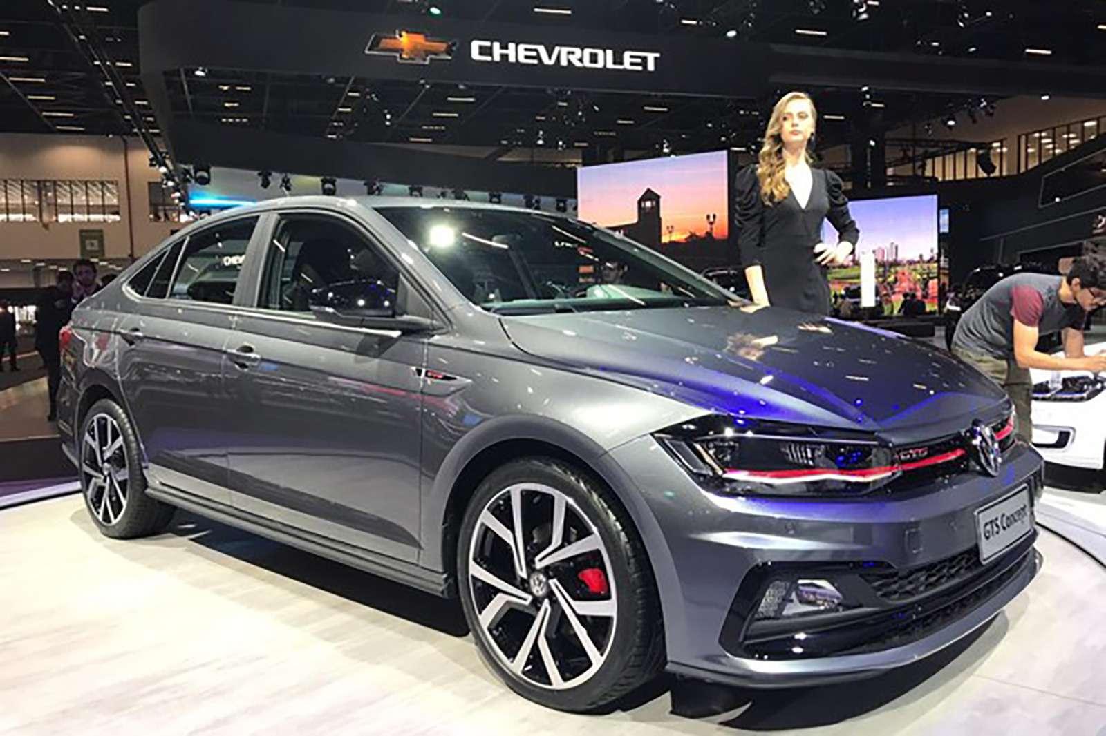 Новый седан Volkswagen Polo: теперь испортивная версия— фото 921042