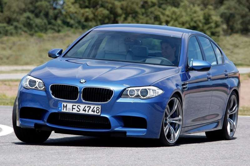 BMW-M5_2012_1600x1200_wallpaper_1b