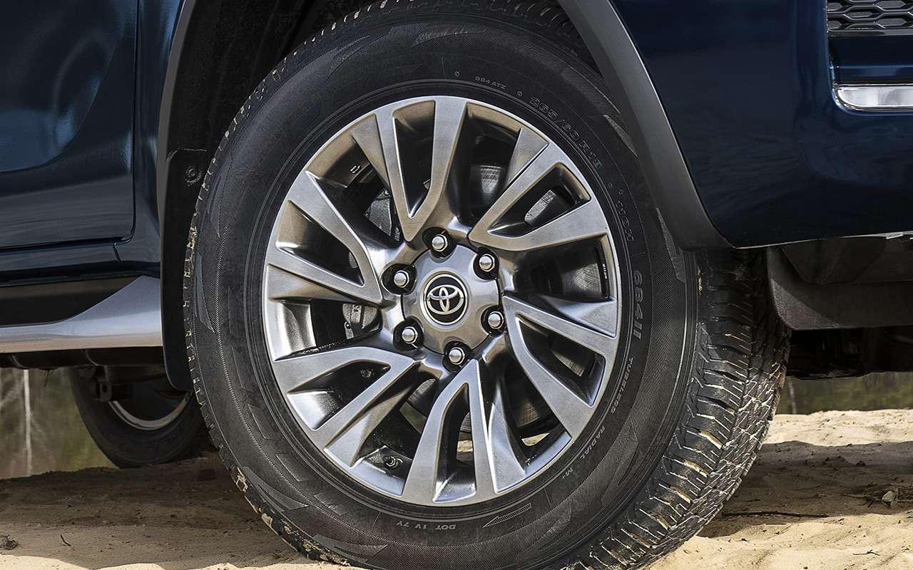 Toyota Fortuner сдизельным мотором: старт продаж— фото 1194203