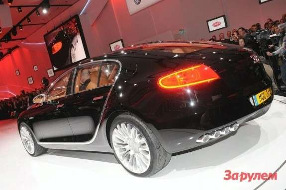 Bugatti 16C Galibier side-rear view