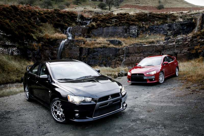 Mitsubishi-Lancer_Evolution_X_2008_1600x1200_wallpaper_12