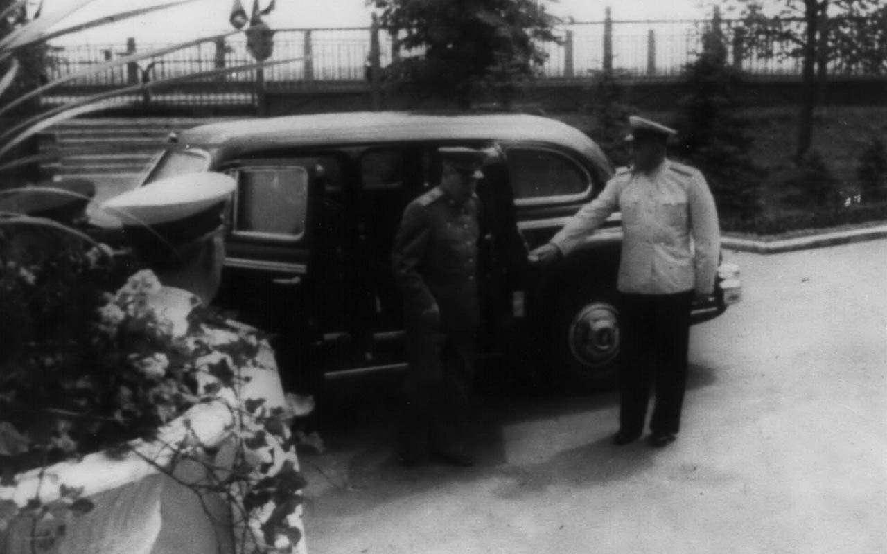 Начем ездили советские генсеки: отИльича доСергеича— фото 1035356