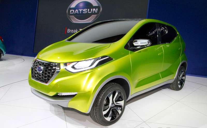 Datsun-redi-GO-at-the-2014-Indonesia-International-Motor-Show-front-quarter