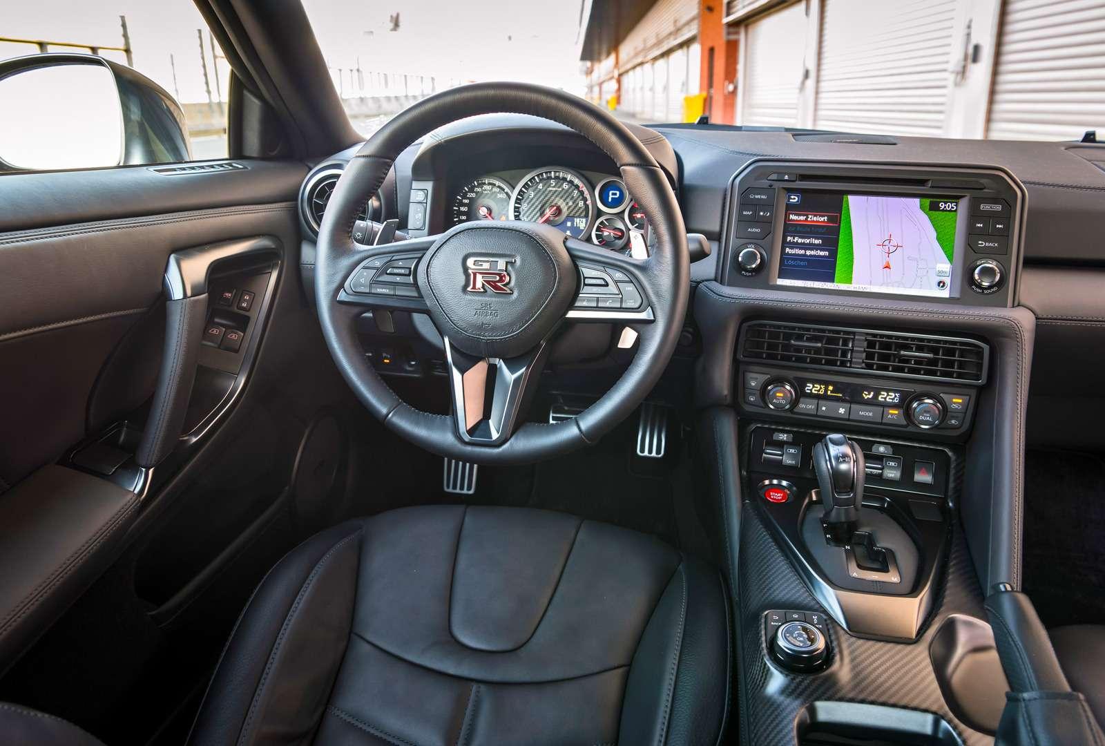 Обновленный Nissan GT-R: другая машина— фото 616844