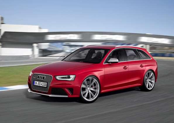 Audi RS4Avant /Fahraufnahme