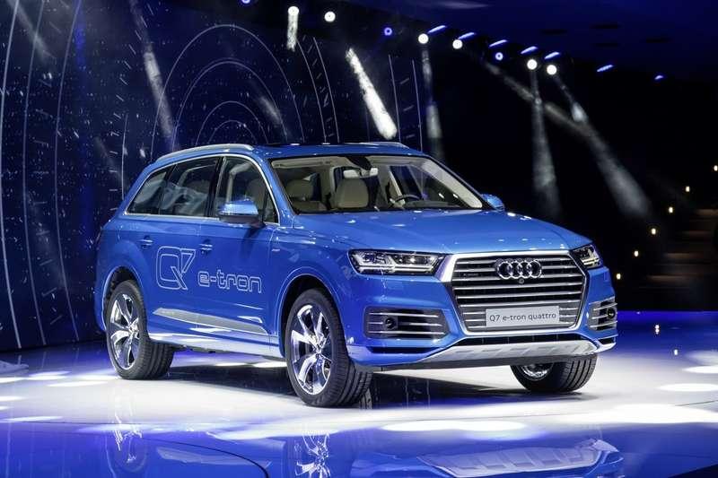 Audi-Q7-E-tron-6