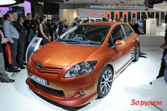 Toyota Auris TRD Supercharged side-front view