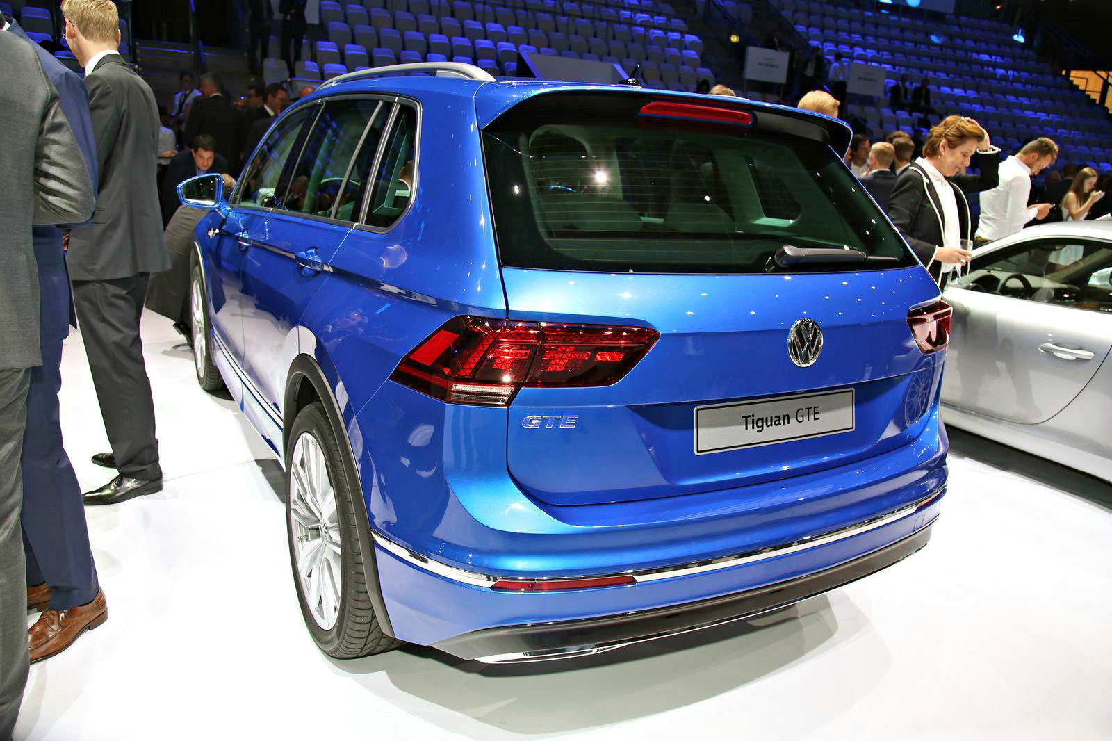 VW_Tiguan_GTE_Kadakov_1