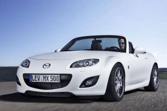 Mazda MX-5 Yusho Concept side-front view