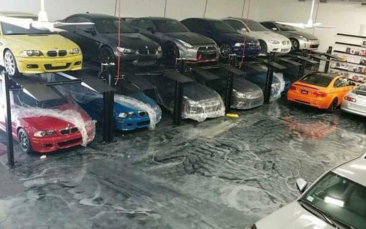 У наркоторговца нашли десятки редких машин - фото 1163969