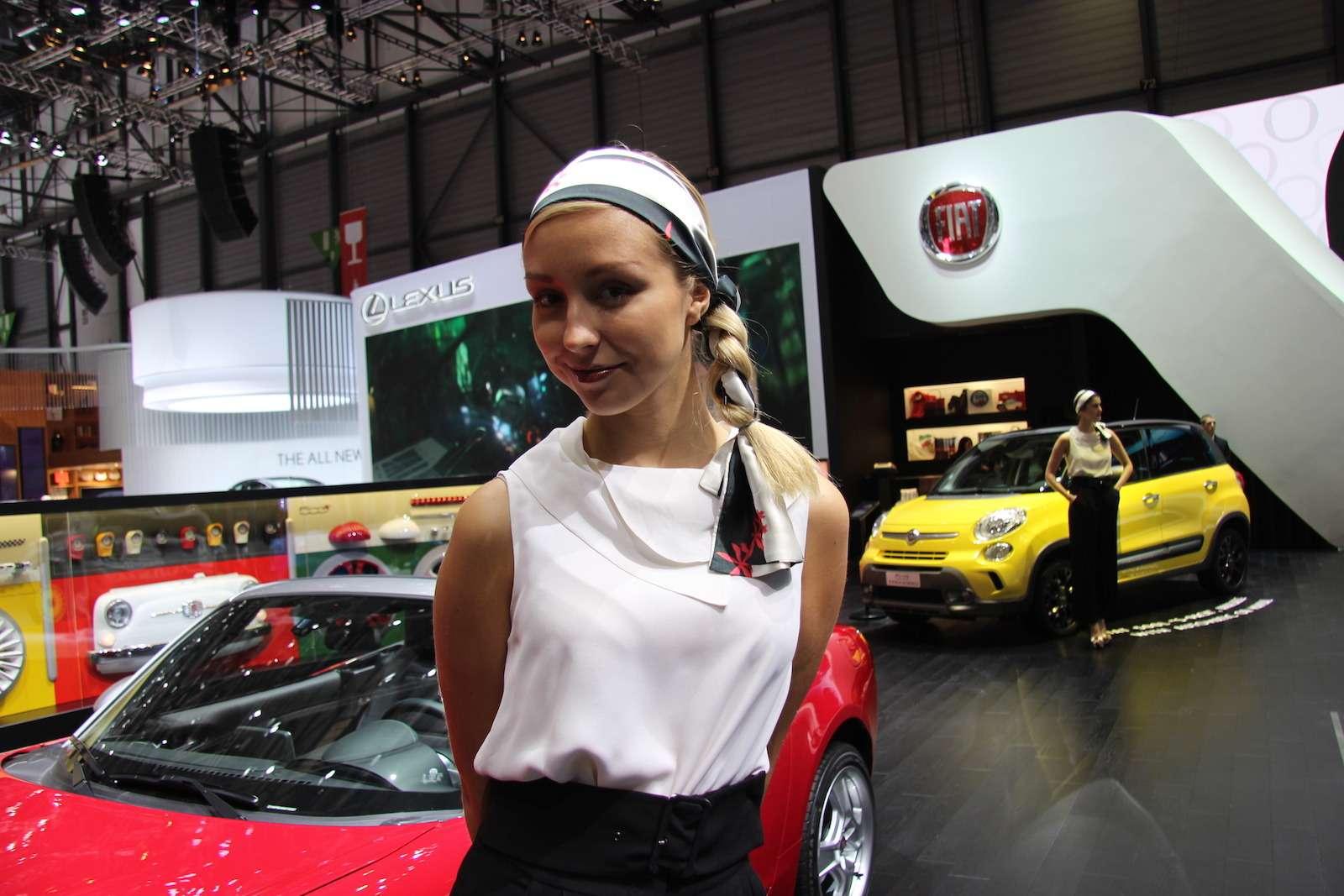 Грация Женевы-2017: лучшие девушки мотор-шоу— фото 717857