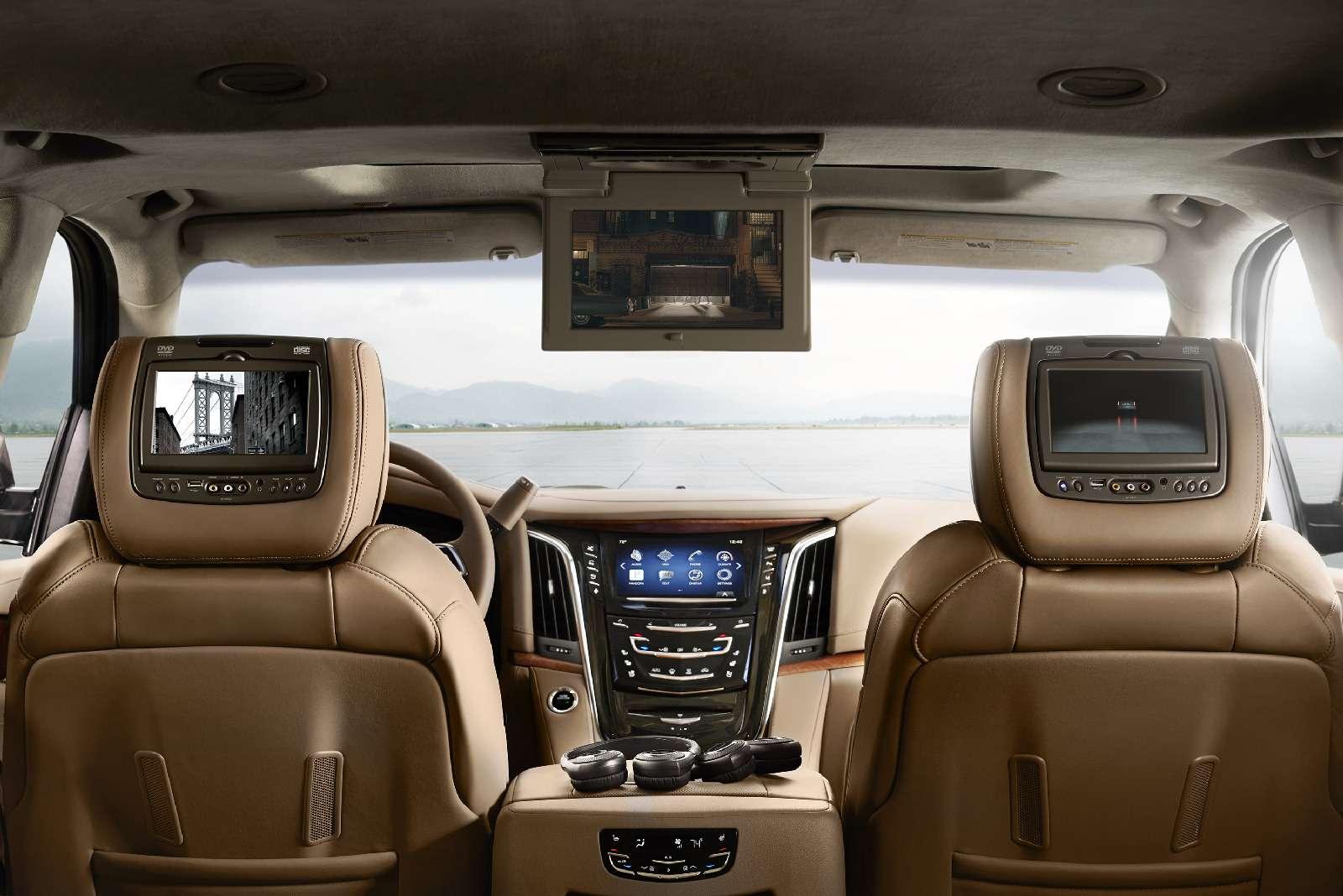 Cadillac привез вРоссию недообновленный Escalade— фото 840831