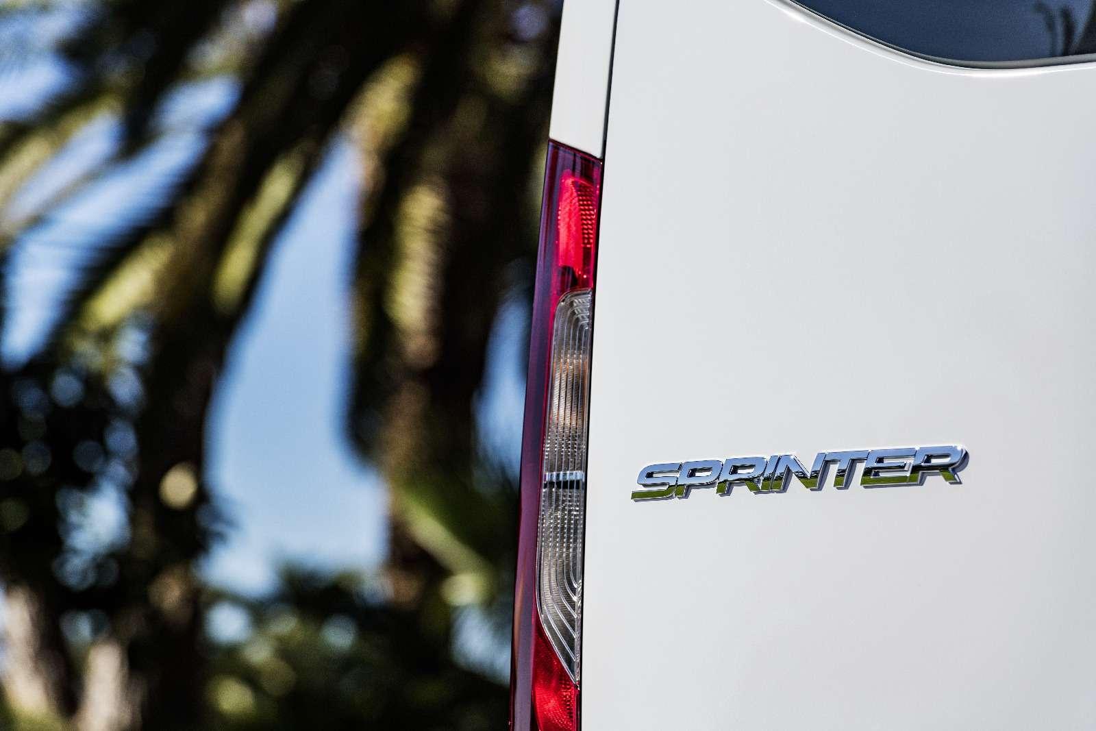 Новый Mercedes-Benz Sprinter: передний привод идо5,5т груза— фото 842778