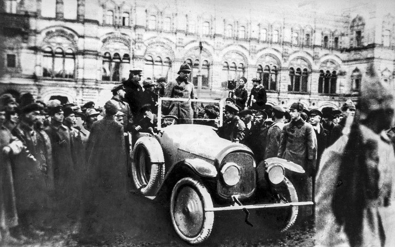 Первый советский частный автовладелец? Никогда неугадаете, кто это!— фото 810424