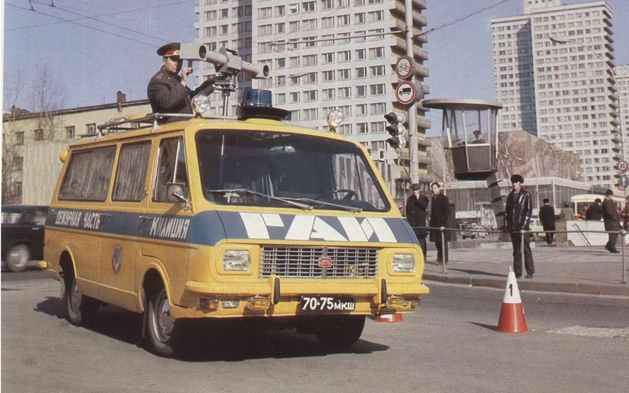 Всемашины нашей милиции: малолитражки, внедорожники, грузовики!— фото 1079921