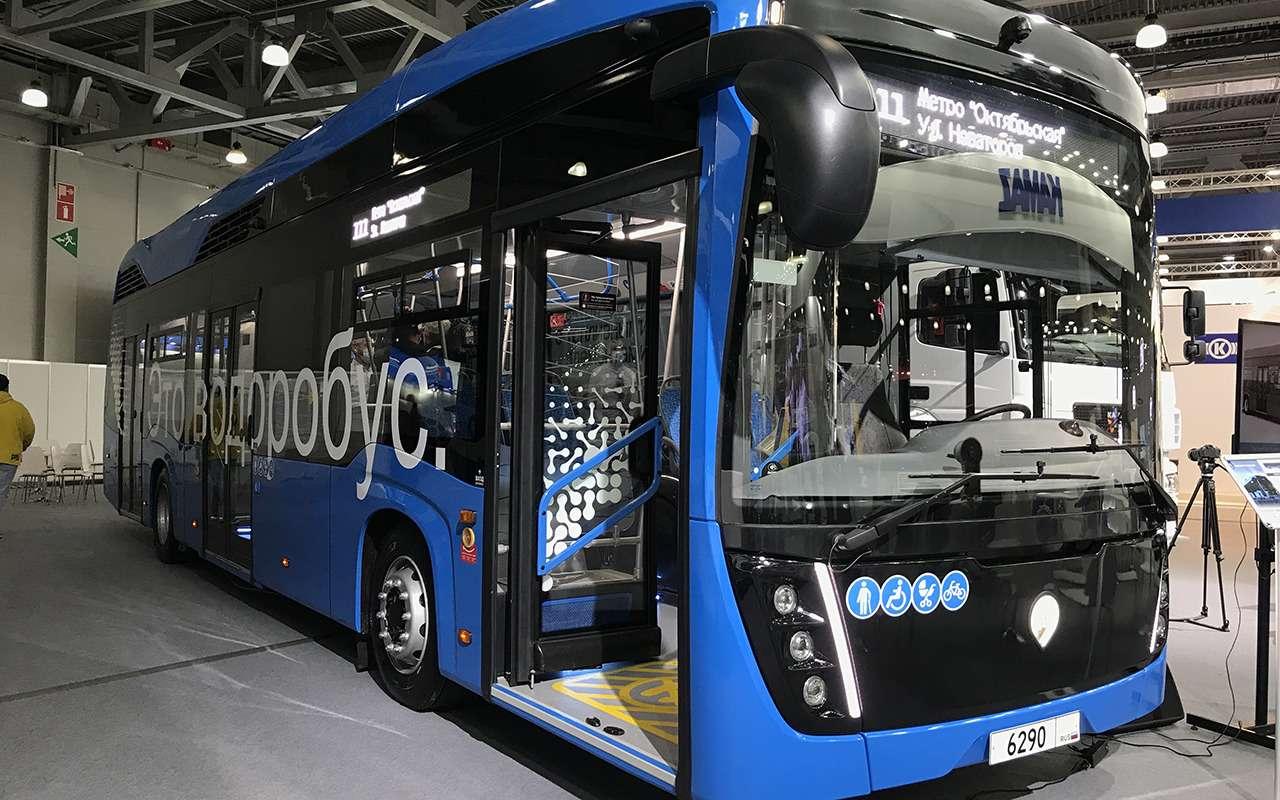 5 перспективных автобусов наCOMTRANS 2021(+троллейбус КАМАЗ)— фото 1276389